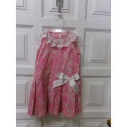 Vestido rosa talla 3 años....