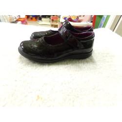 Zapato negro Gorila N 34....
